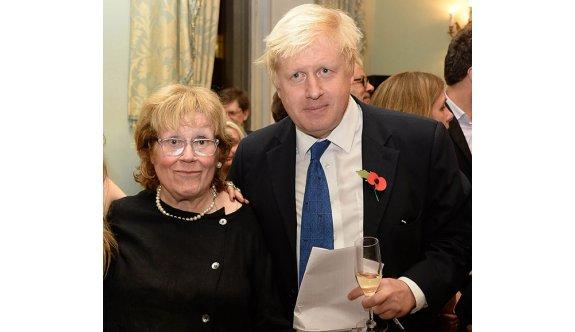 Boris Johnson'ın annesi 79 yaşında hayatını kaybetti