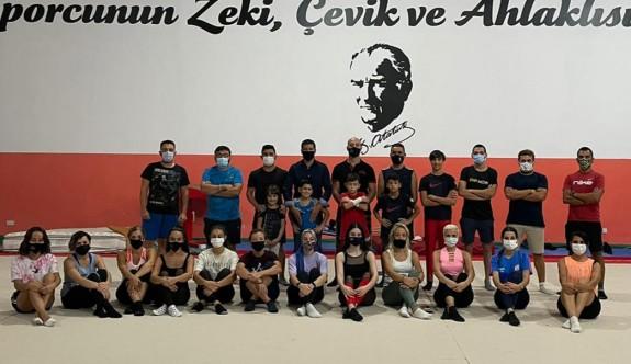 Cimnastik Federasyonu antrenörlük kursu sürüyor