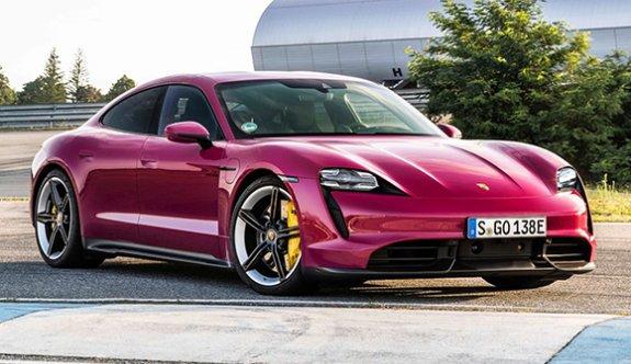 Elektrikli Porsche Taycan güncellendi