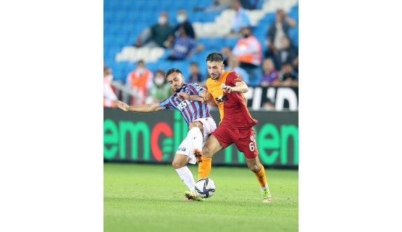 Galatasaray kaçtı, Trabzon yakaladı