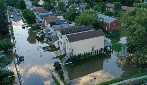 Ida Kasırgası ABD'nin kuzeydoğusunu etkisi altına aldı