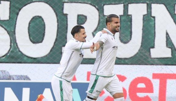 Konyaspor, Altay'ı 3 golle geçti