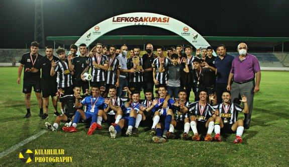 Lefkoşa Kupası şampiyonu Yenicami