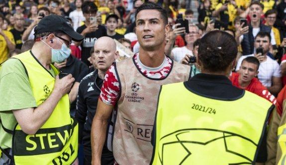 Ronaldo güvenlik görevlisinden özür diledi