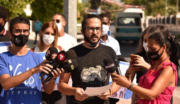 Uluslararası öğrenci kuruluşları sıkıntılarını ve taleplerini eylemle aktardılar