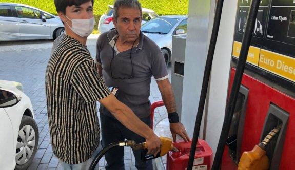 Akaryakıt istasyonlarında benzin kalmadı