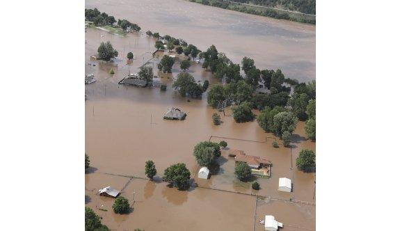 Çin'de sel felaketi: 15 can kaybı