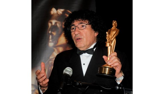 Dünyaca ünlü Kıbrıslı Türk İlüzyonist YDÜ öğrencilerine hayat hikayesini paylaşacak