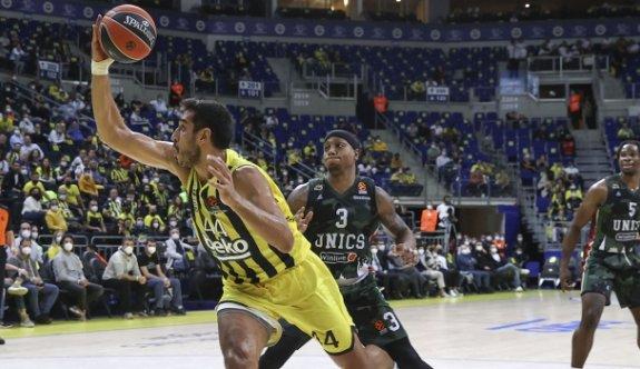 Fenerbahçe Beko'dan tarihe geçen galibiyet