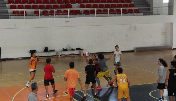 İskele'de basketbol okulu hizmette