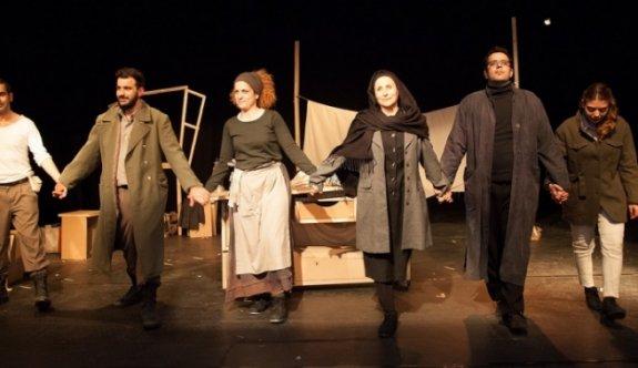Kıbrıs tiyatrosuna Türkiye'den ödül