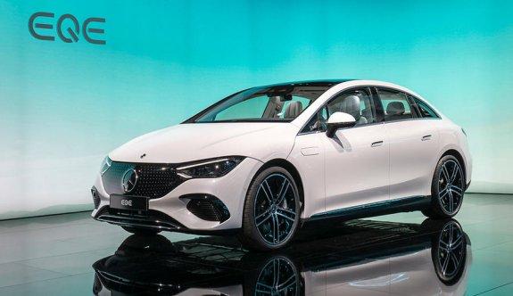 Mercedes'in coupe formlu elektriklisi: EQE