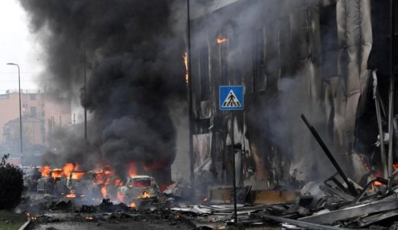Milano'da özel jet faciası: 8 ölü