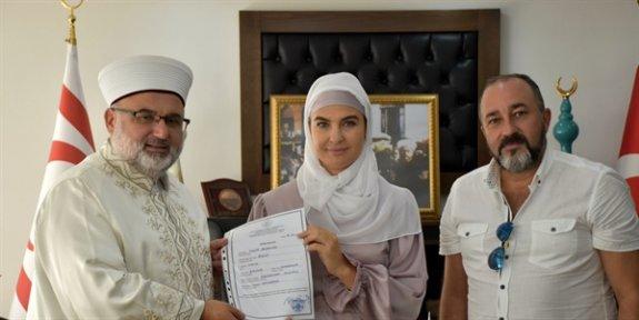 Rus kadın törenle Müslüman oldu