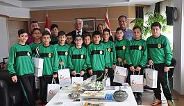 Şampiyonlar, Özçınar'ı ziyaret ettiler