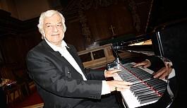 Kıbrıs'ın müzik dehası; Arman Ratip