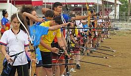Okçulukta alt yapı sporcuları yarıştı