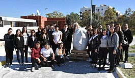 Öğrenciler, sanatçılarla tanıştı