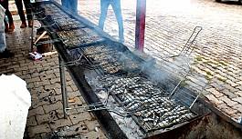Girne'de pazar günü Hamsi Festivali var