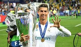 Ronaldo'suz Real Madrid eski günlerini arıyor