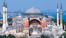 Aya Sofya'nın ibadete açılmasına Rumlardan tepki yağdı