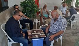 Demokrat Parti Güzelyurt'ta tavla turnuvası düzenledi