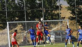 Göçmenköy, Tepe'den yuvarlandı