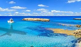 Güney Kıbrıs'a seyahat edeceklere uçuş kartı doldurma zorunluluğu
