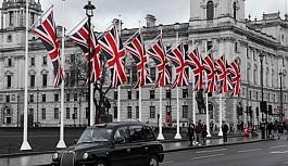 İngiltere'den 56 ülkeden gelenlere karantinasız giriş