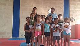 Karpaz'ınaltın cimnastikçileri
