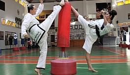 Taekwondoda Mukavemet müsabakaları yapıldı