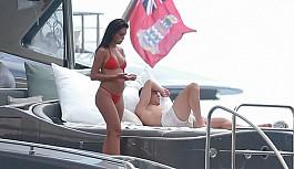 Ronaldo sevgilisiyle tatilde