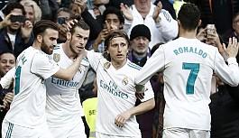 Real Madrid, Deportivo La Coruna'ya patladı