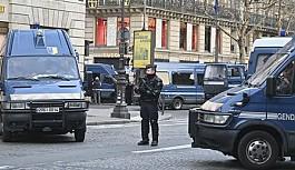 Paris'te 'Sarı Yelekliler'...