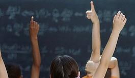 Çocuklar memnun, öğretmenler temkinli