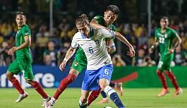 Brezilya'dan 3 gollü açılış