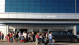 Ercan'da yolcu sayısında azalma