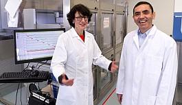 Koronavirüs aşısını bulan BioNTech'in kurucuları Türkiye kökenli iki bilim insanı