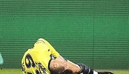 Mesut Özil 1 ay yok