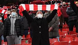 Premier Lig'de son maçlar seyircili