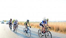 Bisiklette yol yarışı yapıldı