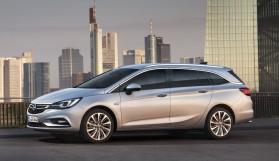 Opel Insignia Sports Tourer görücüye çıkıyor