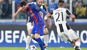 Juve, Barca'yı dağıttı