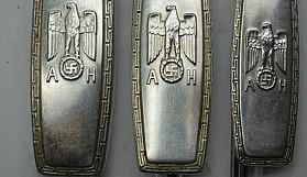 Hitler'in çatal bıçak takımı satıldı