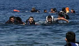 """""""Tekne battıktan sonra 9 saat denizde kaldık"""""""