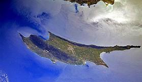 Yeşil Kıbrıs, uzaydan böyle görüntülendi