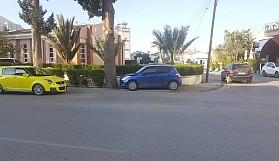 Bu aracın sahibi trafik kurallarını bilmiyor mu?