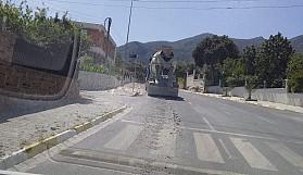 Bozulan yolları beton mikserleri mi yamalıyor acaba?