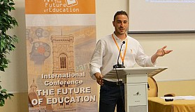 """""""Eğitimin Geleceği"""" konferansında bir Kıbrıslı Türk"""