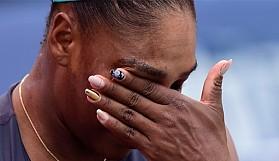 Serena Williams gözyaşlarını tutamadı